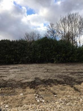 Terrain à vendre .(644 m²)(RARAY) avec (MAISON I - AGENCE COMPIEGNE)
