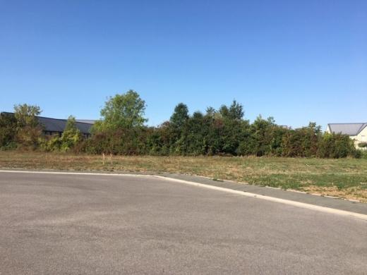 Terrain à vendre .(619 m²)(LASSIGNY) avec (MAISON I - AGENCE COMPIEGNE)