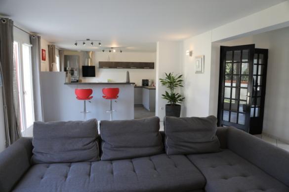 Maison à vendre .(103 m²)(VAL DE VESLE) avec (MAISONS PIERRE REIMS)
