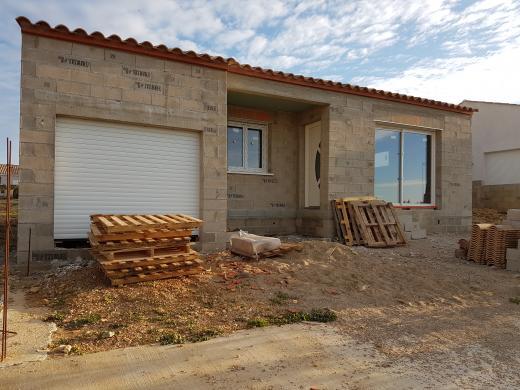 Maison+Terrain à vendre .(80 m²)(CREISSAN) avec (MAISONS FRANCE BATIMENT)