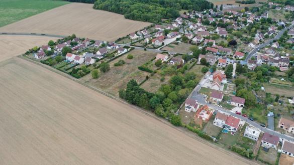 Terrain à vendre .(438 m²)(MAINCY) avec (GEOTERRE)