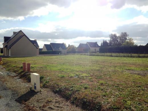 Terrain à vendre .(348 m²)(PLEUGUENEUC) avec (OCDL LOCOSA)