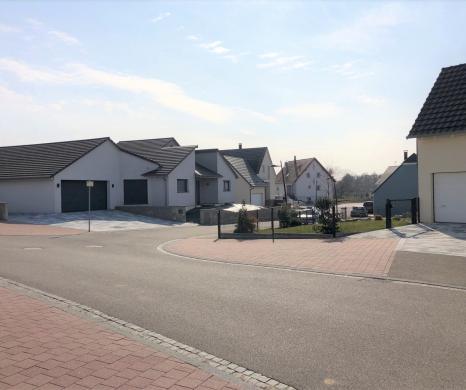 Terrain à vendre .(680 m²)(GUNDERSHOFFEN) avec (DELTAMENAGEMENT)