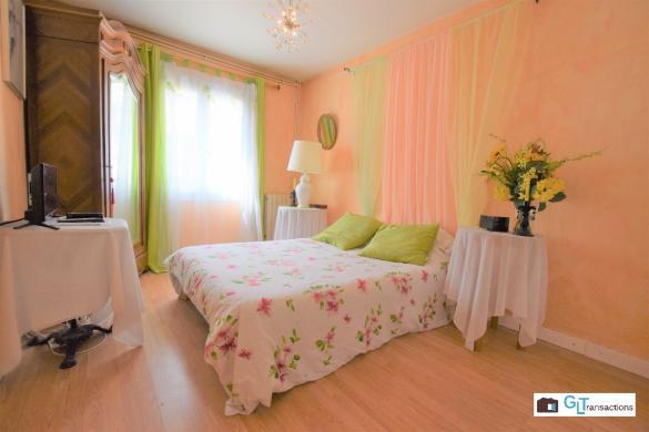 Maison à vendre .(166 m²)(SAINT JUST CHALEYSSIN) avec (DEMEURES RHONE ALPES)
