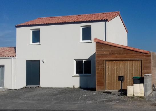 Maison+Terrain à vendre .(108 m²)(SAINT JUST LUZAC) avec (Maisons PHENIX Rochefort)