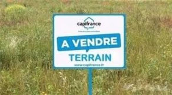 Terrain à vendre .(SAINT LAURENT DE CHAMOUSSET) avec (CAPI FRANCE)