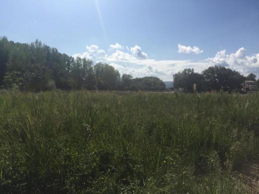 Terrain à vendre .(660 m²)(DRAGUIGNAN) avec (VILLAS PRISME)