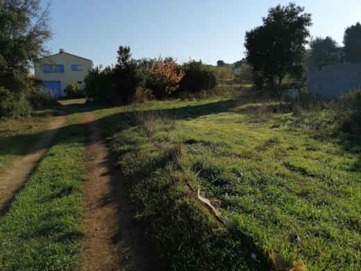 Terrain à vendre .(300 m²)(LES PENNES MIRABEAU) avec (VILLAS PRISME)