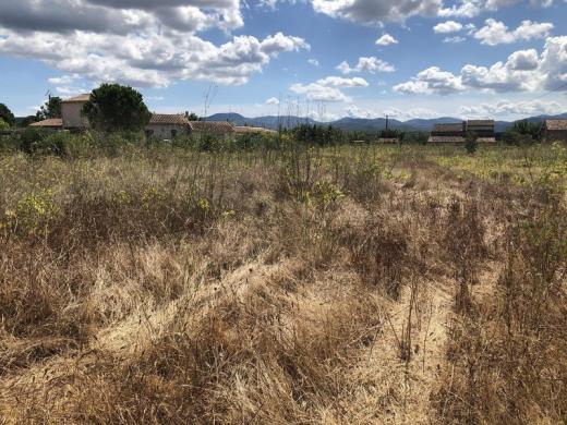 Terrain à vendre .(477 m²)(VIDAUBAN) avec (VILLAS PRISME)