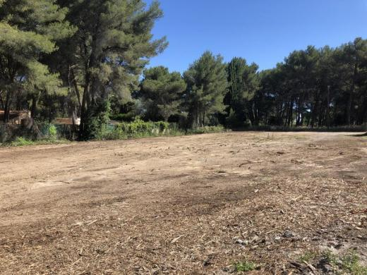 Terrain à vendre .(400 m²)(SAINT MITRE LES REMPARTS) avec (VILLAS PRISME)