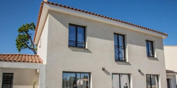 Terrain à vendre .(1200 m²)(TOULON) avec (VILLAS PRISME)