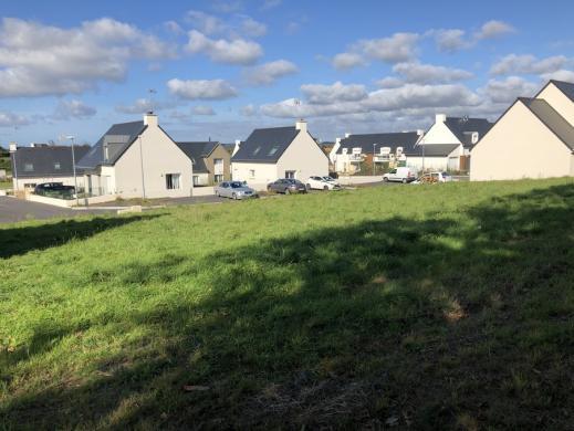 Terrain à vendre .(519 m²)(PLONEOUR LANVERN) avec (MAISONS I)