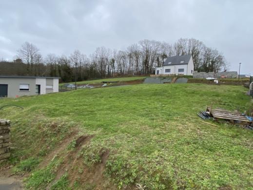 Terrain à vendre .(504 m²)(ERGUE GABERIC) avec (Maisons i Douarnenez)