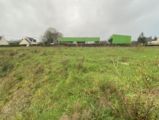 Terrain à vendre .(695 m²)(BRIEC) avec (Maisons i Douarnenez)