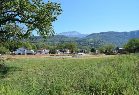 Terrain à vendre .(535 m²)(COUBLEVIE) avec (KP CONSTRUCTION)