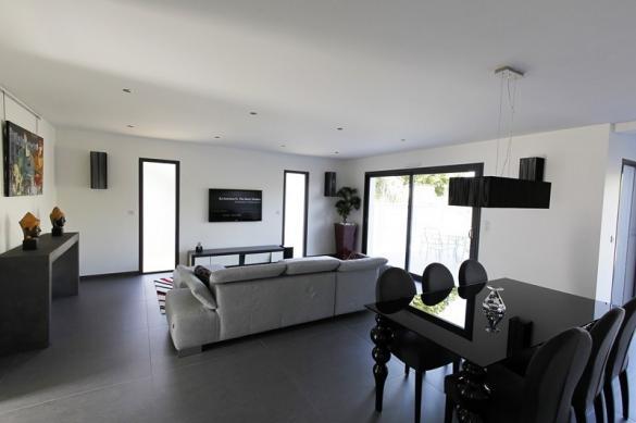 Maison à vendre .(117 m²)(ELOYES) avec (MAISONS OXEO)